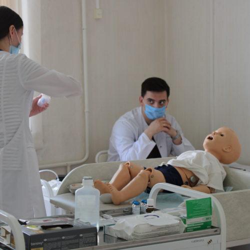 В Екатеринбурге проходит аккредитация будущих врачей