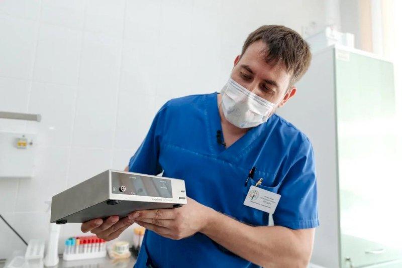 Свердловским врачам подарили уникальный аппарат для помощи детям. «Это поможет спасти жизнь»